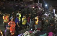 Tailandia: 18 fallecidos en accidente de bus turístico