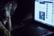 Depresión asociada a redes sociales es mayor en las adolescentes