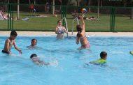Las piscinas pueden contener gérmenes peligrosos ¿cómo protegerse?
