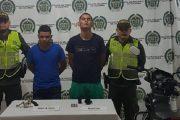 Capturados dos asaltantes; uno tenía brazalete del Inpec