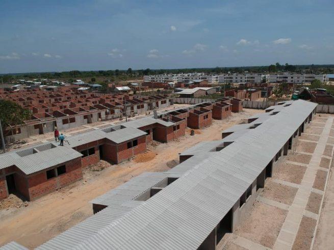 Asignadas nomenclaturas de las 150 viviendas que se construyen en la urbanización Villa Karla en Chiriguaná a sus propietarios