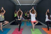 Yoga y bailar el hula, ¿nuevas formas de mejorar la presión arterial?