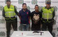 En dos procedimientos capturadas tres persona con armas de fuego