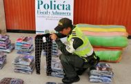 Más de 3.000 unidades de confección aprehendidos por la Polfa