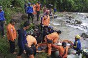 Al menos 26 muertos en Indonesia al caer un autobús por un barranco