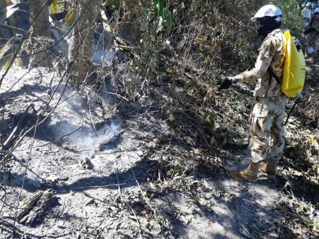 Ejército Nacional contrarresta incendio forestal en Manaure (Cesar)