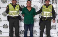 Capturado incumpliendo la detención domiciliaria y portando un arma de fuego