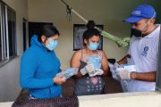 Gobierno entrega kits de protección y desinfección a personas en reincorporación en antiguos ETCR
