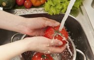 ¿Qué alimentos se deben lavar siempre y cuáles no?
