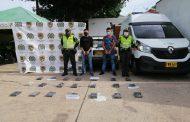 Cayeron con 21 kilos de cocaína en un vehículo