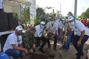 Corpoguajira plantó 40 árboles en el Día del Árbol