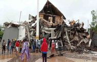Sismo en Indonesia deja al menos 35 muertos y cientos de heridos