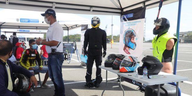 Más de 4.000 personas han sido capacitadas en el uso correcto del casco para usuarios de motocicletas