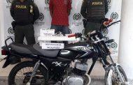 Cuando se movilizaba en moto armado, fue capturado en el sur del Cesar