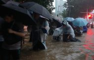 Al menos 12 muertos por las inundaciones en China y miles de desplazados