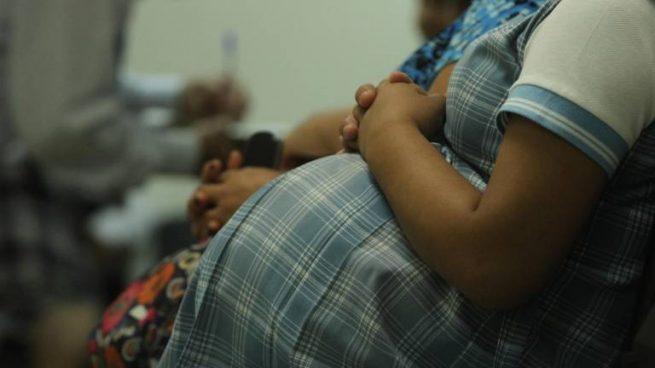 Colombia redujo la tasa de embarazo adolescente