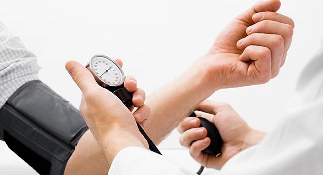 Hipertensión: un riesgo para los adultos jóvenes