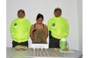 En allanamiento, capturada mujer con estupefacientes