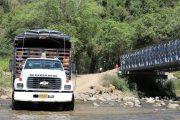 Puente militar sobre el río Ariguanicito, en la vereda Entrerios, beneficia a estudiantes de la zona