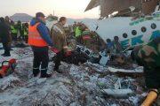 Al menos 12 muertos tras estrellarse un avión en Kazajistán