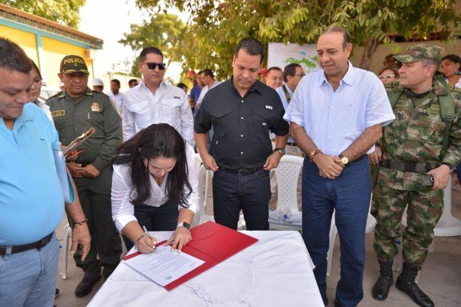 Gobernador Monsalvo en la tarea de mejorar el servicio de agua potable