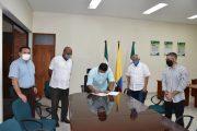 UPC y sindicatos de trabajadores firman acuerdo colectivo