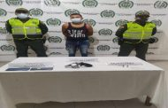 Un hombre fue capturado minutos después de hurtar dinero y teléfonos celulares