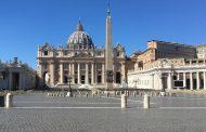 Iglesia católica no puede bendecir uniones del mismo sexo: Vaticano