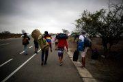 El 50 % de los adultos mayores migrantes en Latinoamérica se siente discriminado