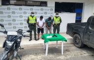 En Aguachica, Policía captura a dos sujetos y recupera motocicleta