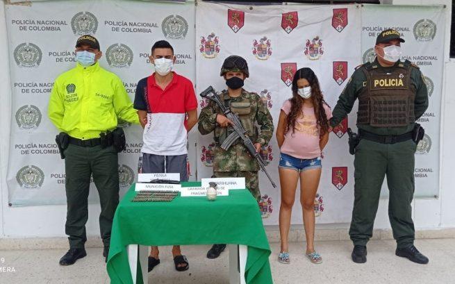 Capturados en allanamiento por porte ilegal de arma de fuegoCapturados en allanamiento por porte ilegal de arma de fuego